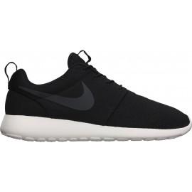 Nike RISE TWENTYTHREE SHORT  4615f4d4e94