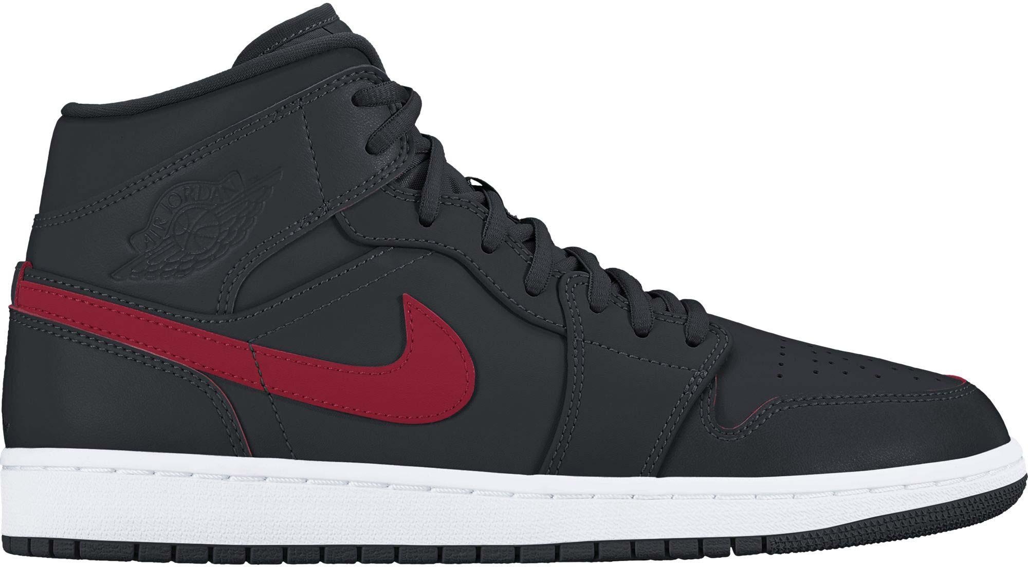 ac9d1578964d Nike AIR JORDAN 1 MID SHOE. Pánské tenisky Jordan