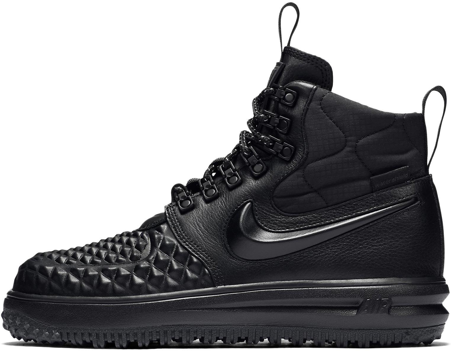 Nike WMNS LUNAR FORCE 1 DUCKBOOT. Dámské zimní sneakers. Dámské zimní  sneakers. Dámské zimní sneakers 23d945cec9