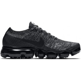 WMNS AIR VAPORMAX FLYKNIT Running Shoe