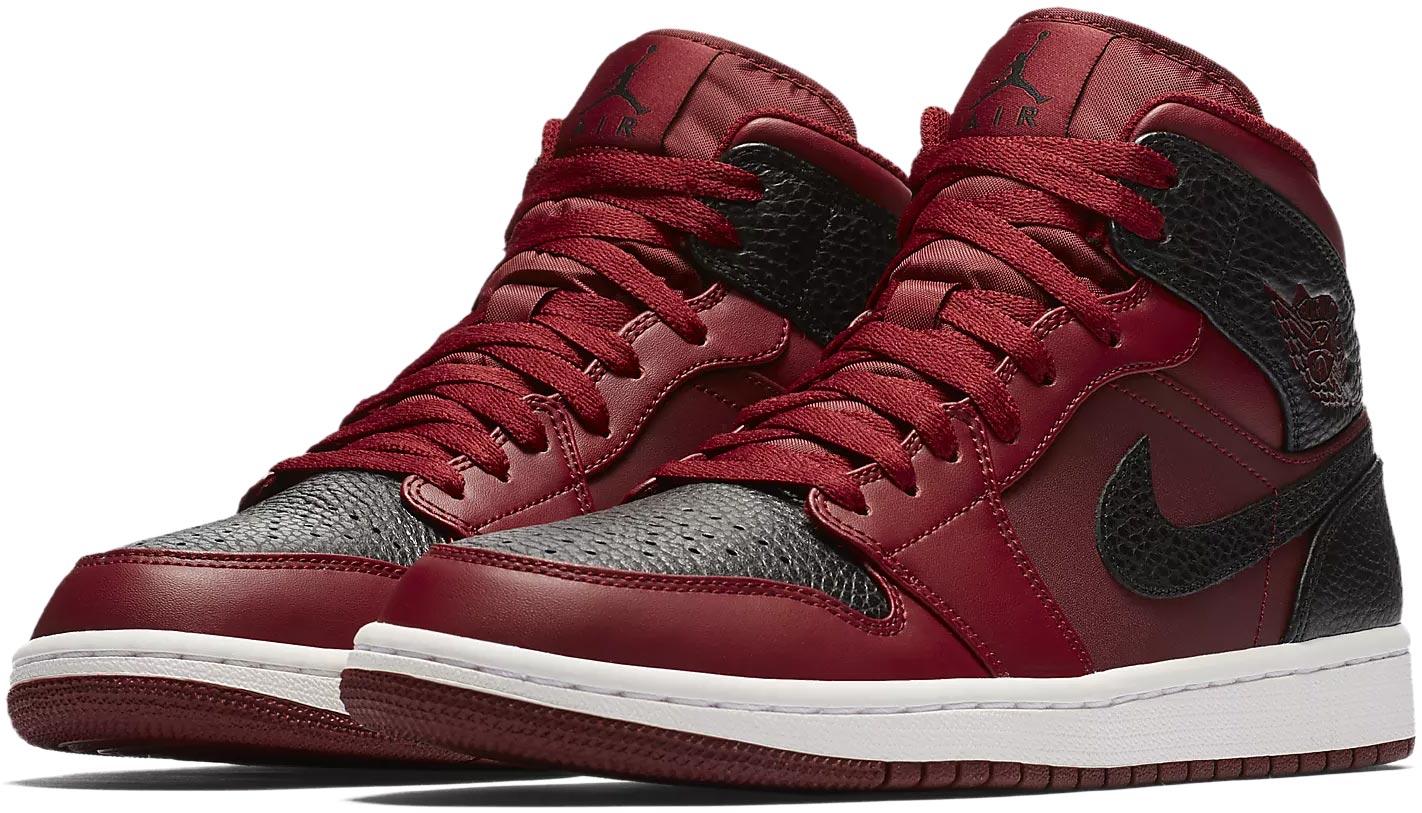 Nike AIR JORDAN 1 MID Shoe. Pánské tenisky Jordan. Pánské tenisky Jordan. Pánské  tenisky Jordan a2a29f62ec