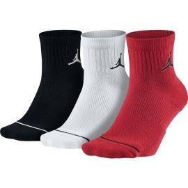 Nike UNISEX JORDAN JUMPMAN HIGH-INTENSITY QUARTER SOCKS